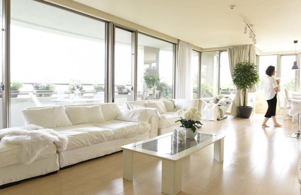 【部屋も家具も全部真っ白】ホワイトインテリアの家