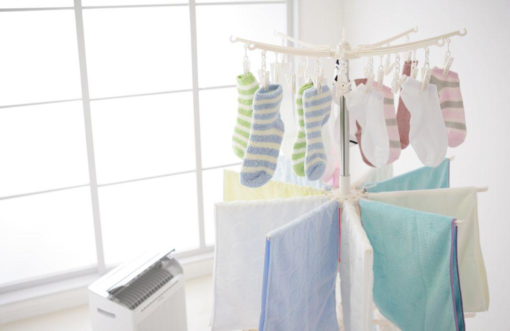 部屋干し時の生乾き臭対策におすすめ【衣類乾燥除湿器】6選