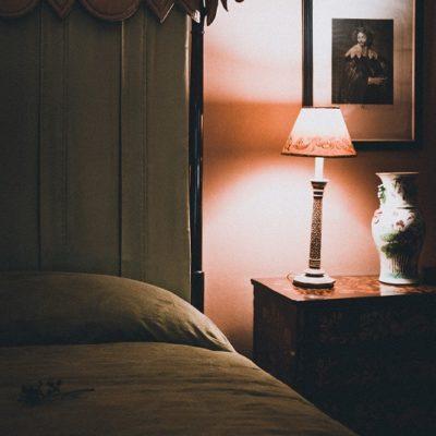 寝室照明サムネ
