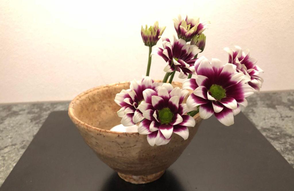 【パーティプランナーが自宅に飾る花風景 vol.2】 和食器を使って秋の趣きを