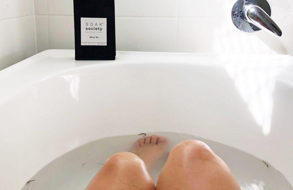 お風呂で芯まで温まる!【ラグジュアリーな入浴剤】で心と体にご褒美