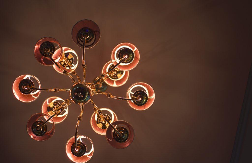 【住み家と風水:第14回】照明が部屋に良い気を巡らせる