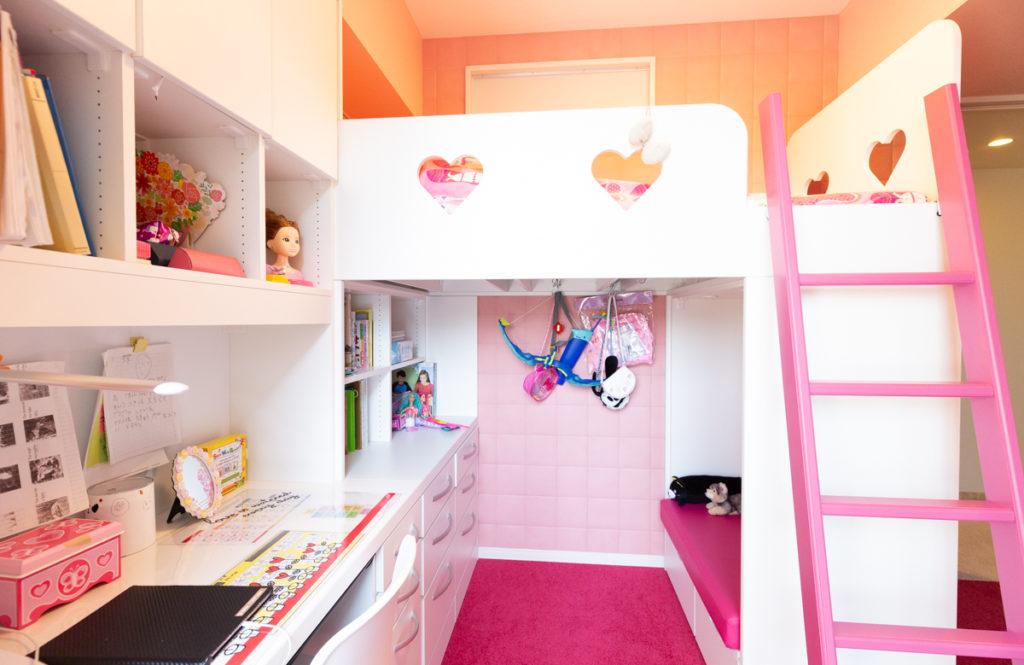 狭い子供部屋と愛犬と暮らすリビングを「オーダー家具」で理想の形に