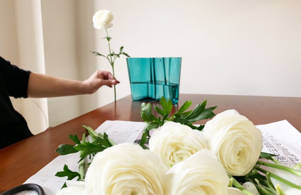 世界一有名な花瓶、イッタラの「アルヴァ・アアルトコレクション」を使いこなす!