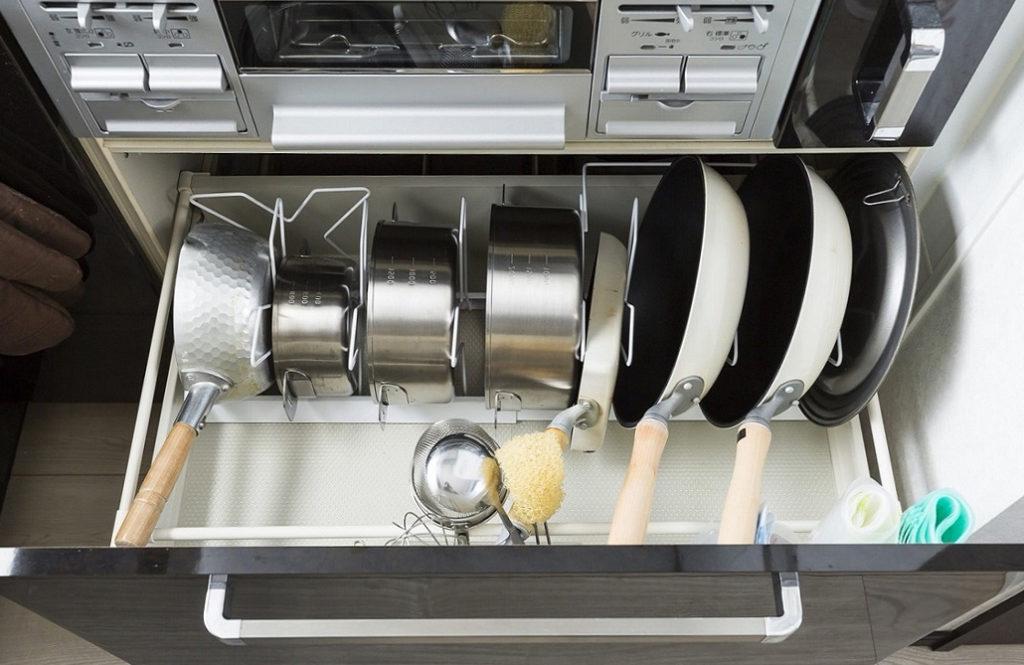 使いやすさ倍増!「積まないキッチン収納」5つのアイデア
