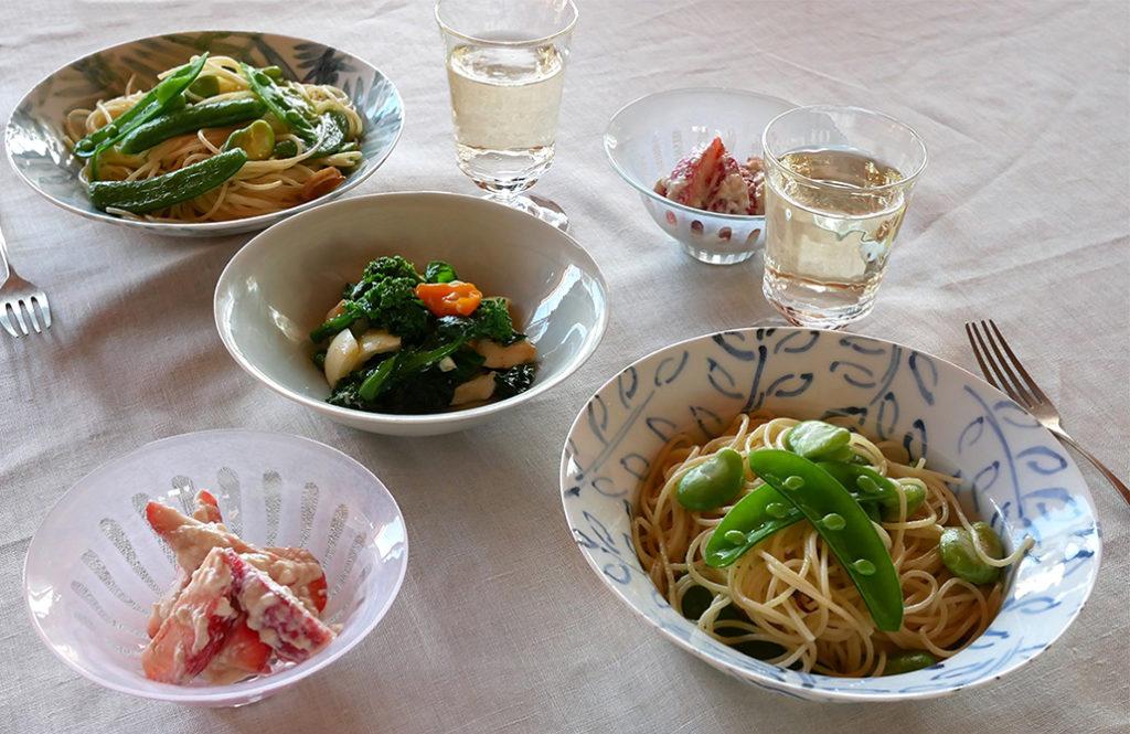 【和食器屋さんの食卓】淡色の器で春らしいテーブルメイク